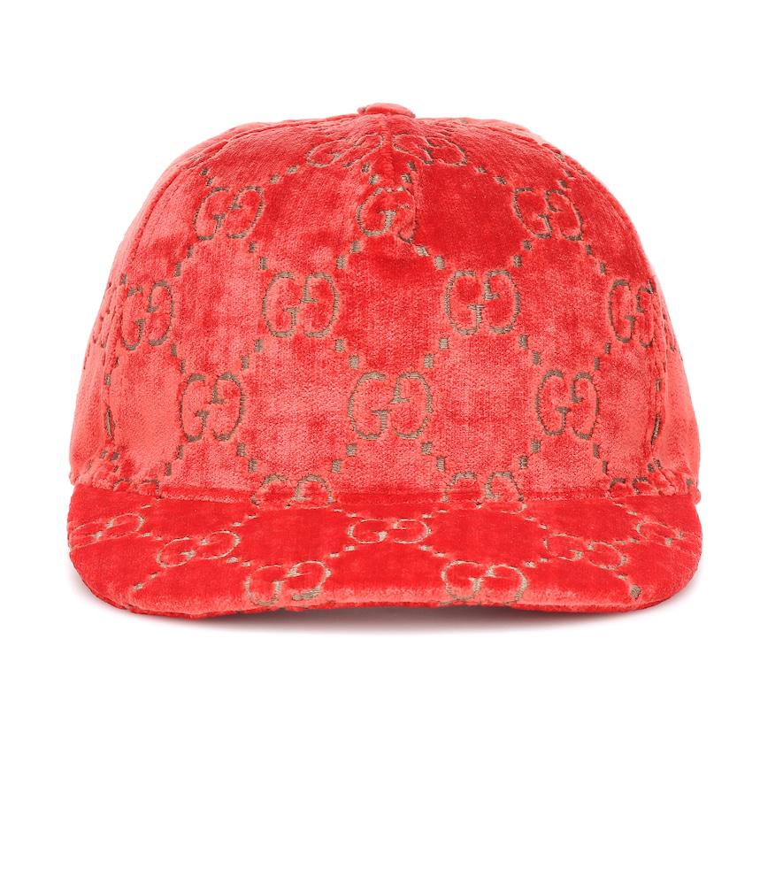 cf3f8a1eb29c7 Gucci Logo Embroidered Velvet Baseball Cap In Red