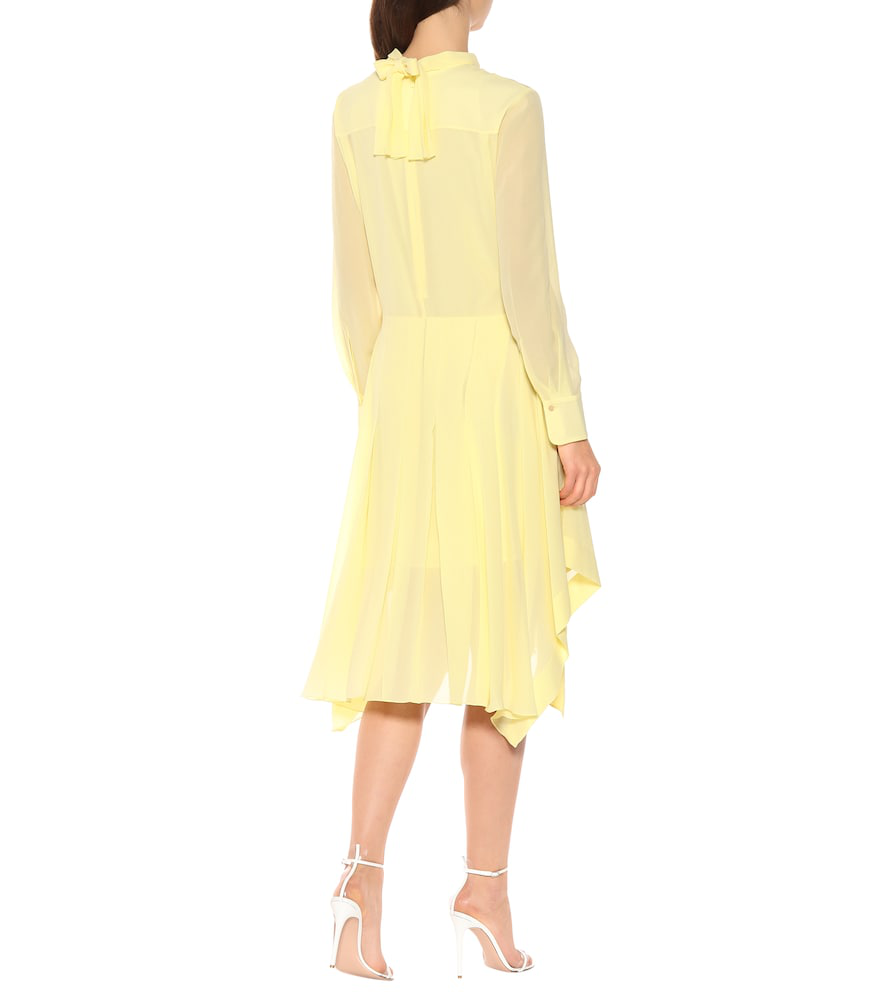 4bdc743694 ChloÉ Pleated Silk-Chiffon Dress In Yellow