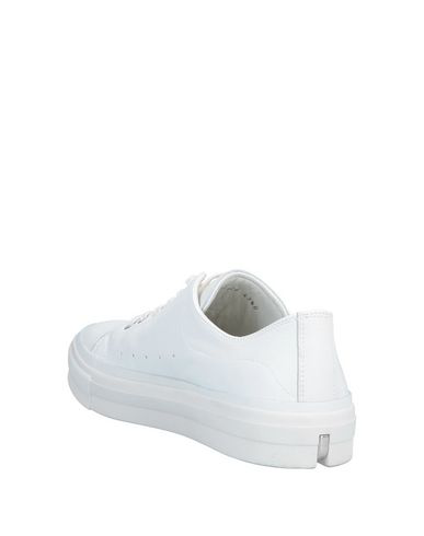 Alexander Mcqueen Leather Lace-Up Low Top Sneakers In White
