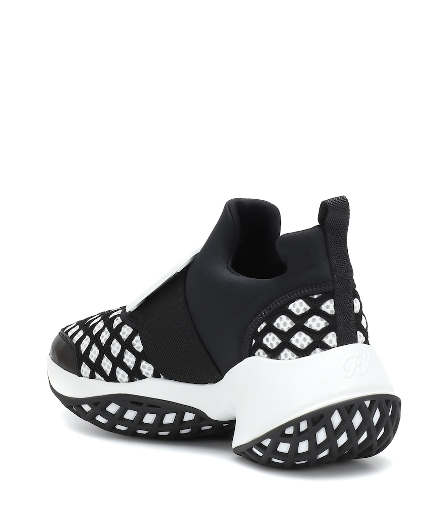 Roger Vivier Viv' Run Scuba And Leather Trainers In Black