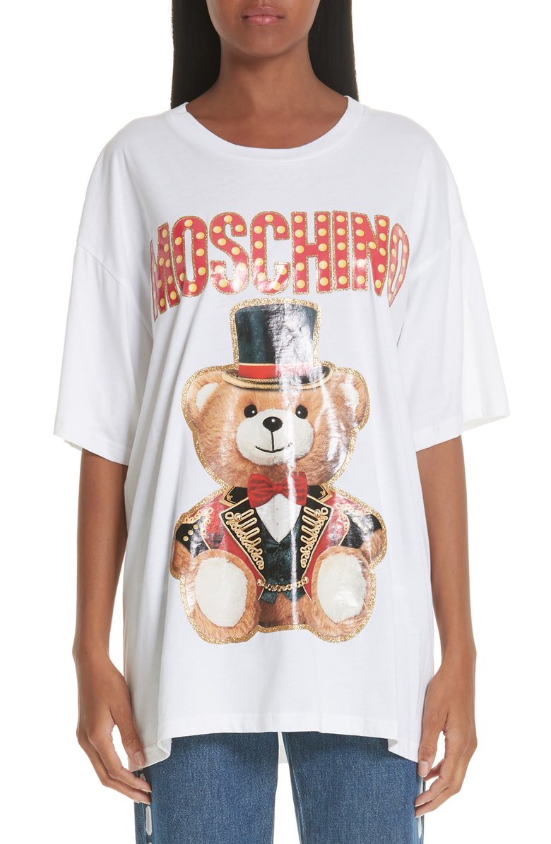 e5b0af608cf Moschino Top Hat Oversized Bear Tee In White