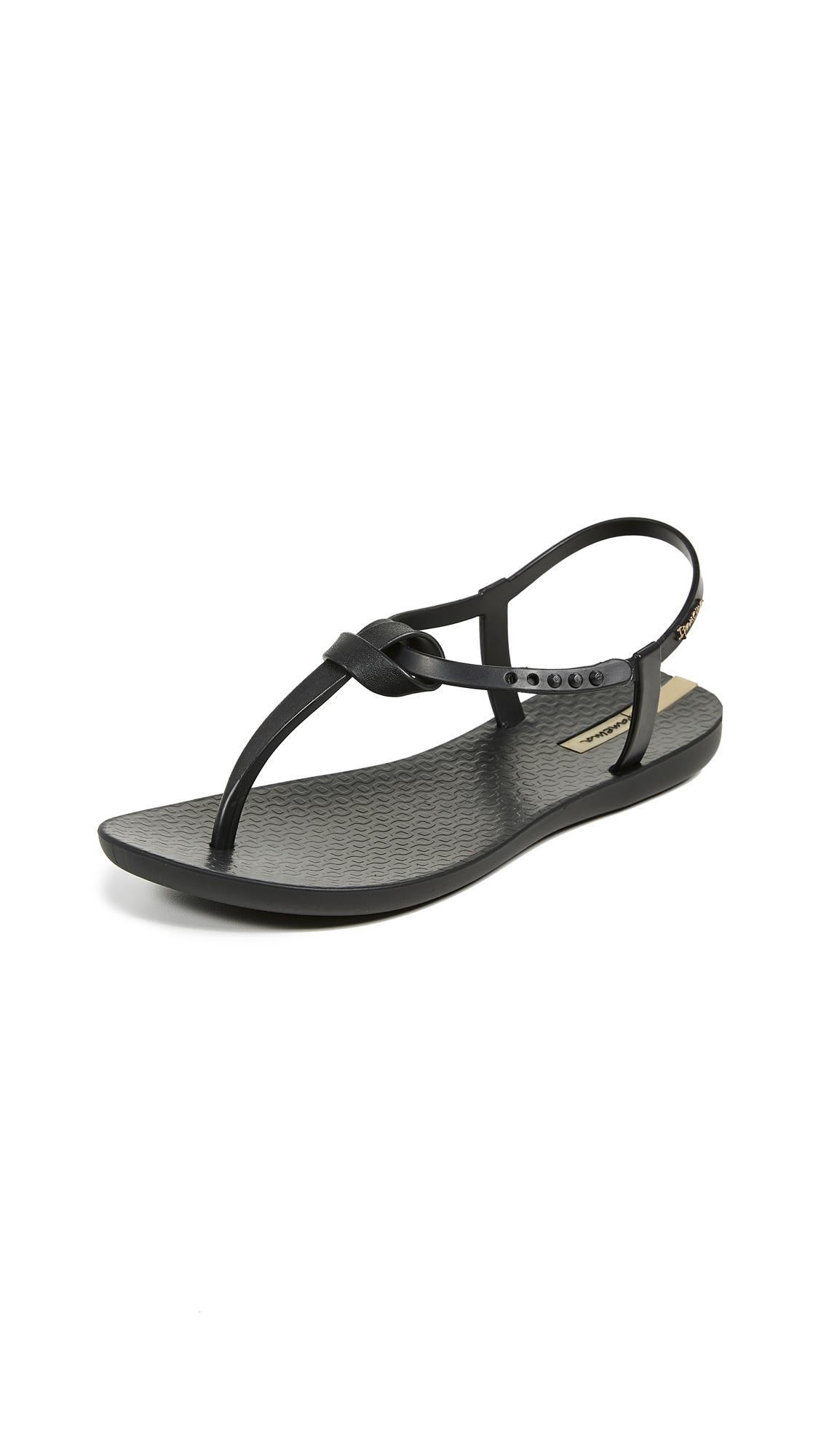 b3e219b376a3 Ipanema Women s Ellie Thong Sandals In Black Black