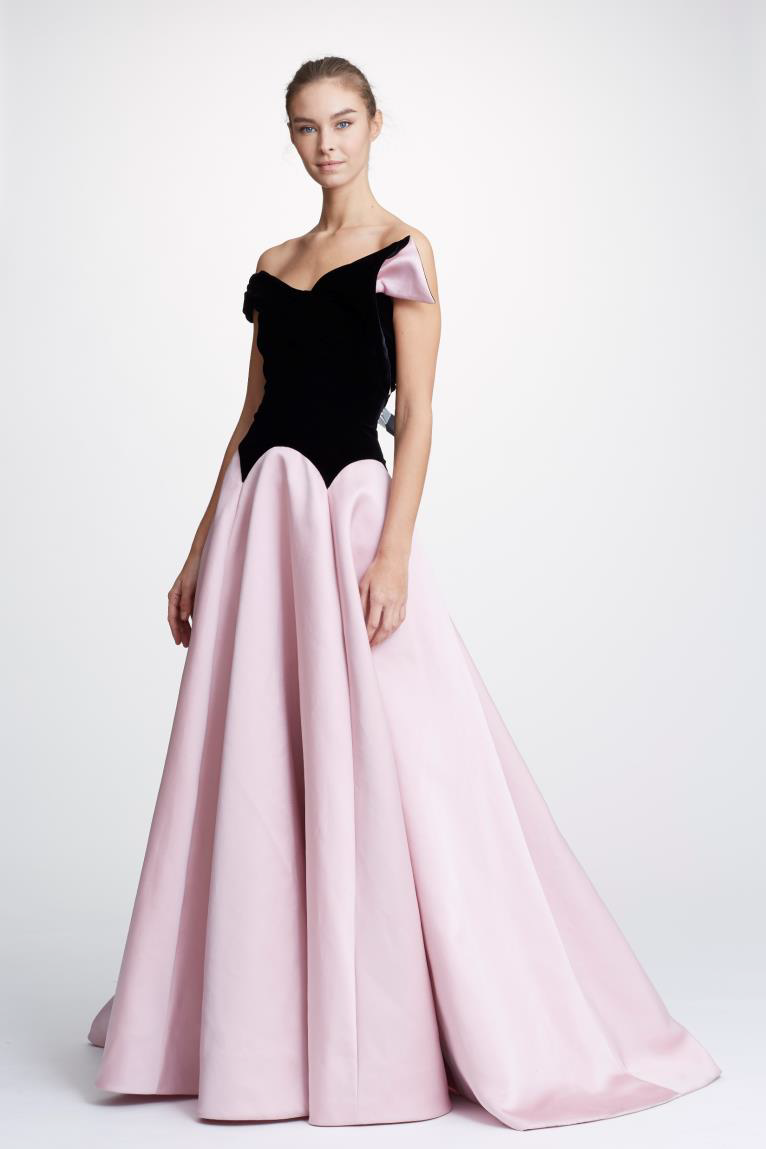 bab453ba68cc0 Marchesa Pre-Fall 2019 Couture Strapless Velvet And Satin Ball Gown In Blush