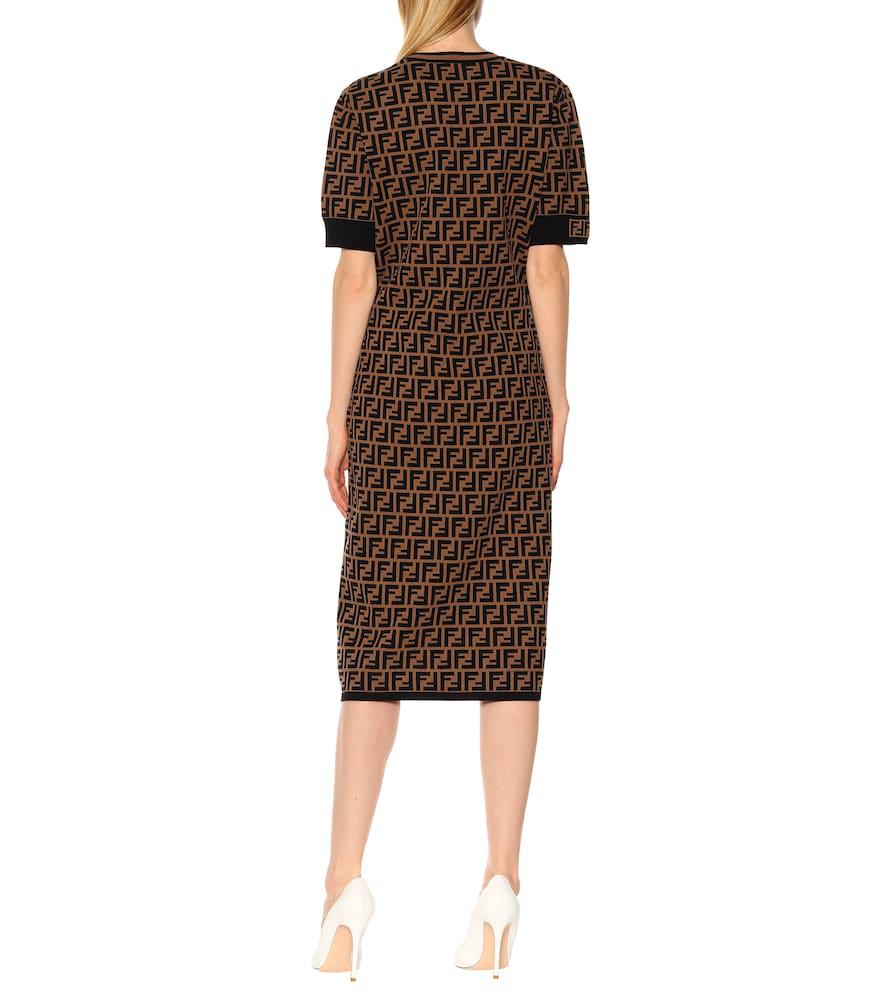 71dc619ad9fd Fendi Short-Sleeve Logo Knit Midi Dress