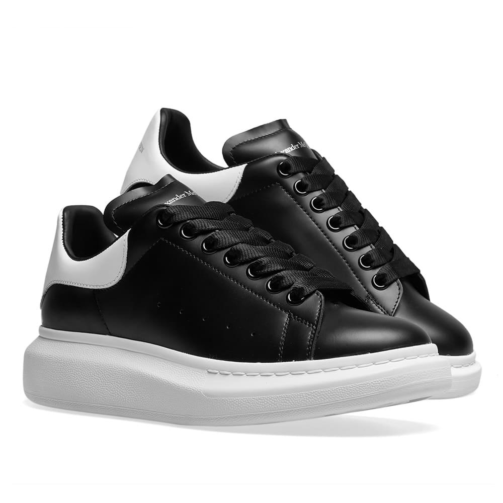 Alexander Mcqueen Men's Bicolor Leather Low-Top Sneakers In Black