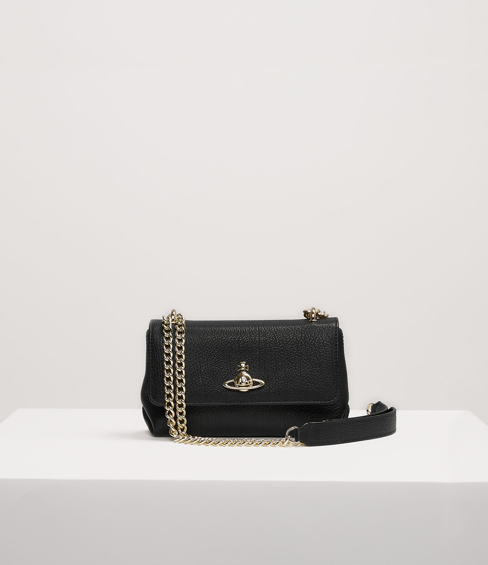 b324111941 Vivienne Westwood Balmoral Small Bag With Chain And Flap Black ...