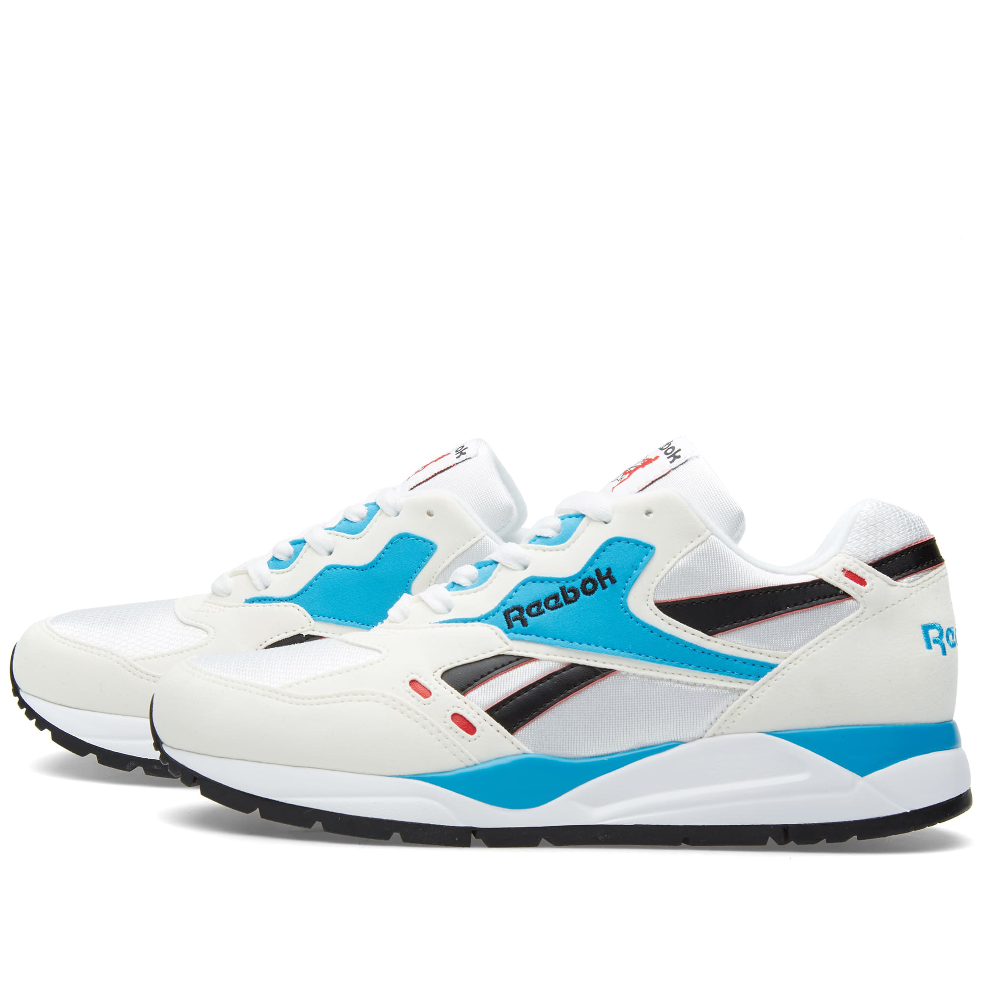 182cddaeed4 Reebok Chalk White Bolton Multi-Panel Chunky Sneakers - Farfetch In White  Blue