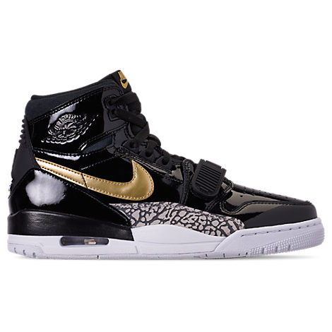 size 40 a2953 89f93 Nike Men s Air Jordan Legacy 312 Off-Court Shoes, Black