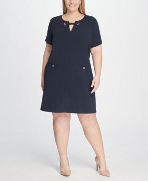Plus Size Scuba Crepe Pocket Shift Dress in Navy