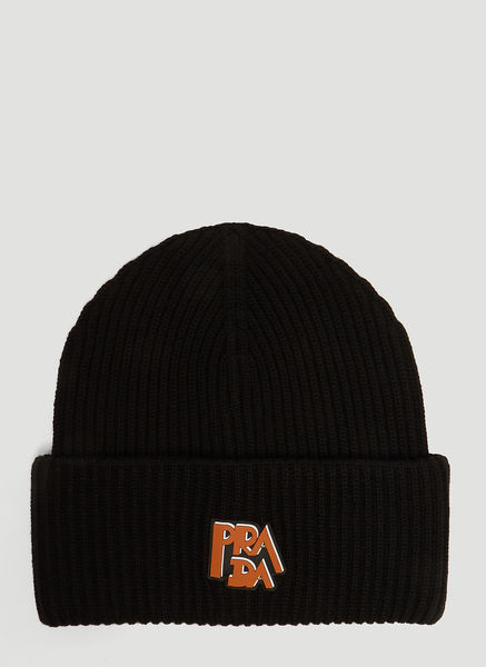 5d211397130 Prada Logo Knit Hat In Black. LN-CC