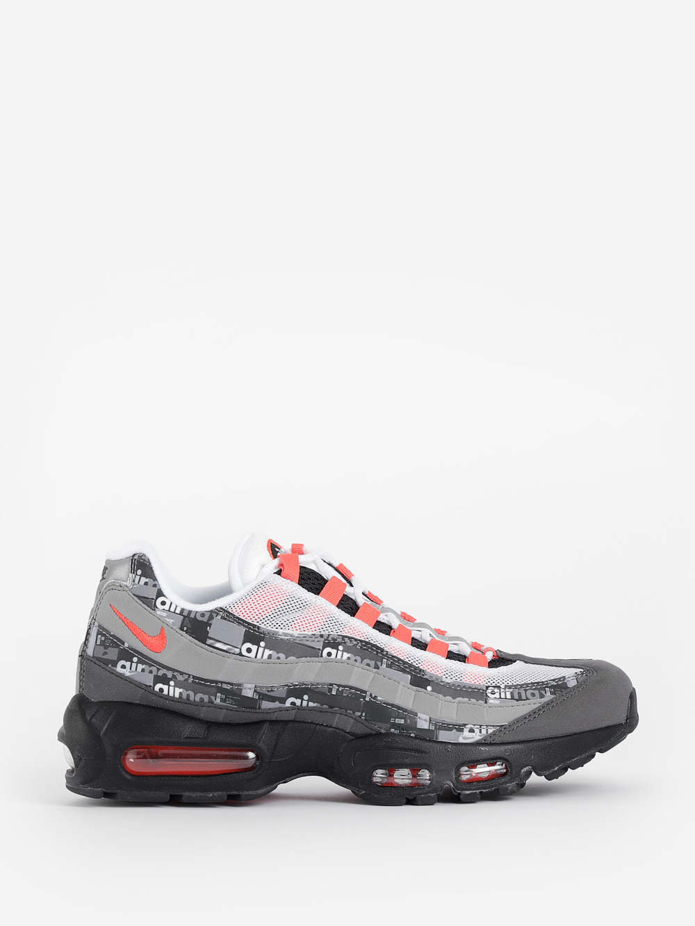 cf36f5c7fbb8 Nike Sneakers In Black