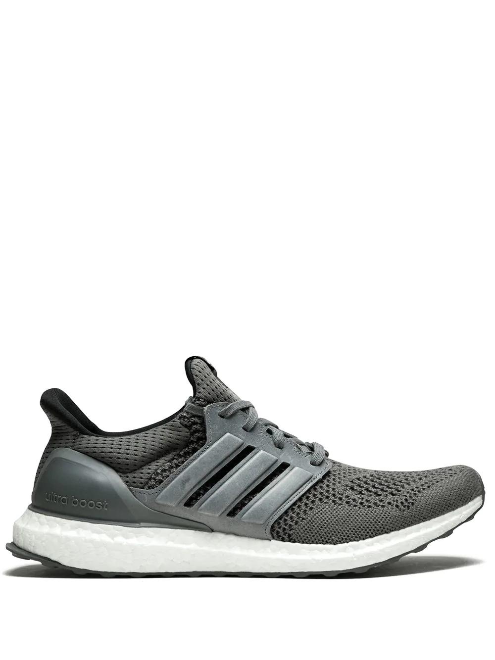516501118 adidas yeezy ultra boost grey