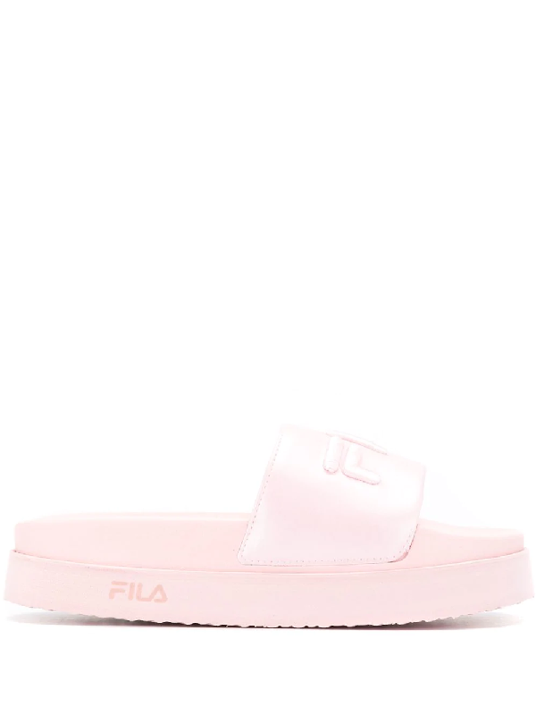 f06697ba8e25 Fila Platform Logo Slides - Pink. Farfetch
