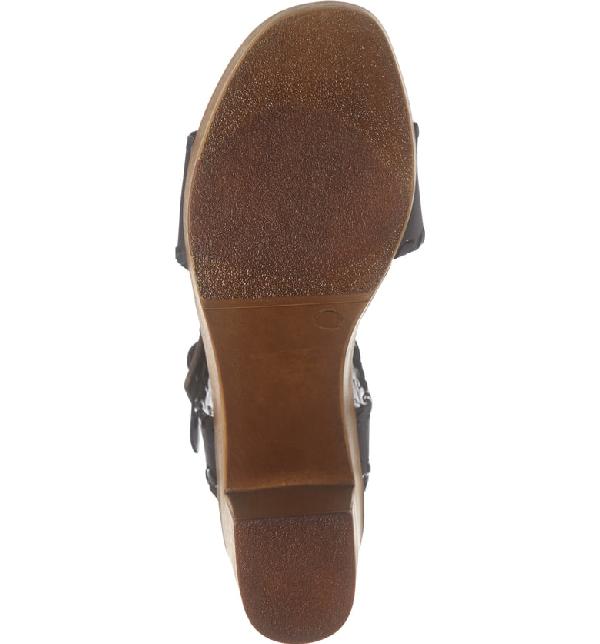 Matisse Twiggy Platform Sandal In Black Leather