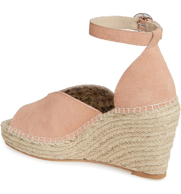 34104eb3d08 Collectibles Espadrille Wedge Sandal in Ginger Suede