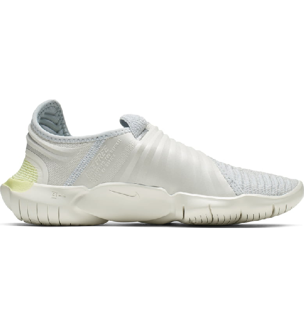 Women's Free Rn Flyknit 3.0 Running Shoes, Grey Size 9.0