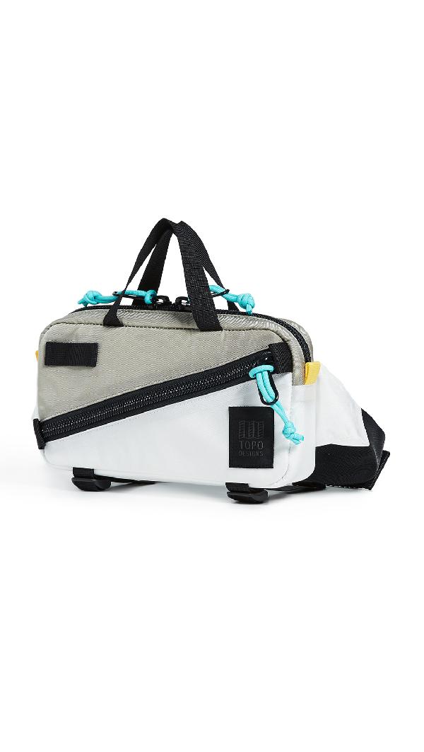 Topo Designs Mini Quick Pack In Silver/White
