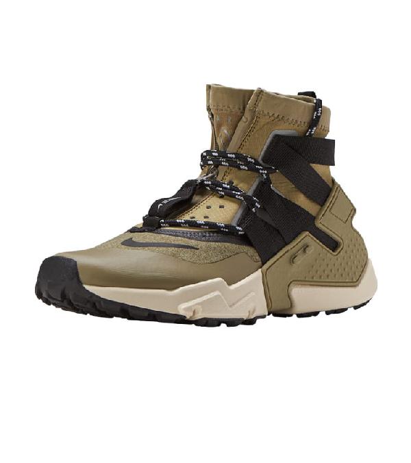 quality design 79345 e9399 Nike Air Huarache Gripp In Medium Green