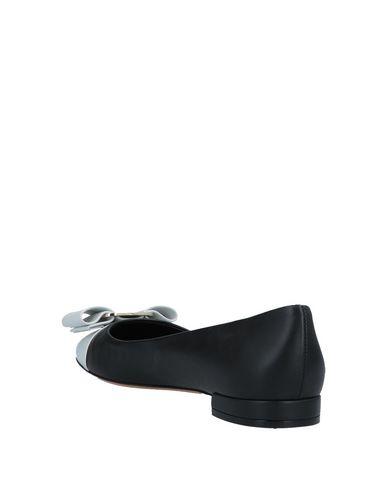 Salvatore Ferragamo Varina Monochrome Leather Ballet Flats In Black