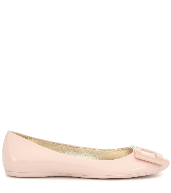 Roger Vivier 10Mm Gommette Patent Leather Flats, Nude