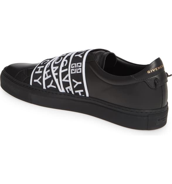 Givenchy Logo-Tape Leather Trainers In 001 Black