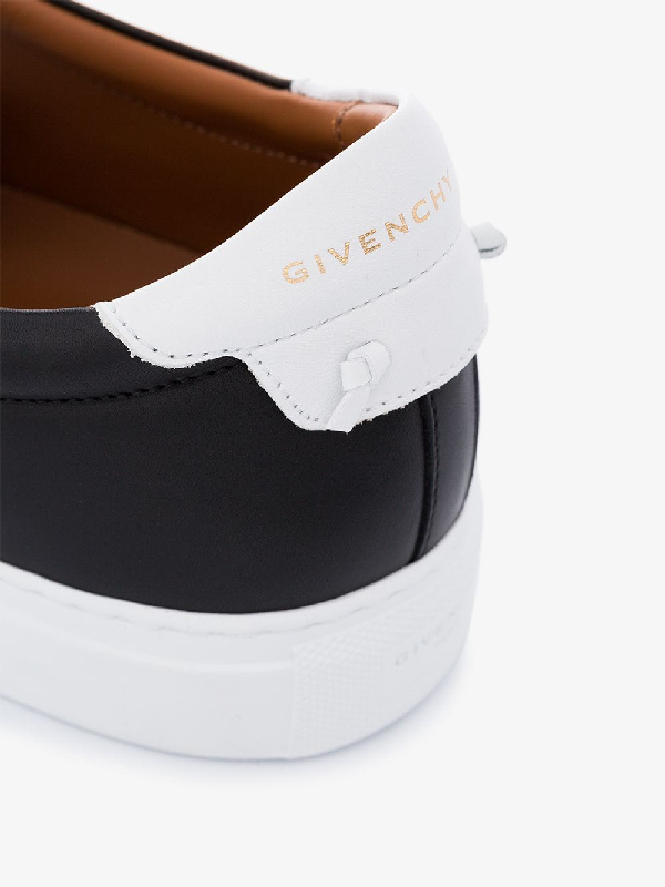 Givenchy Embroidered Logo Low Top Sneakers In Black