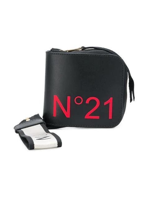 N°21 NUDA