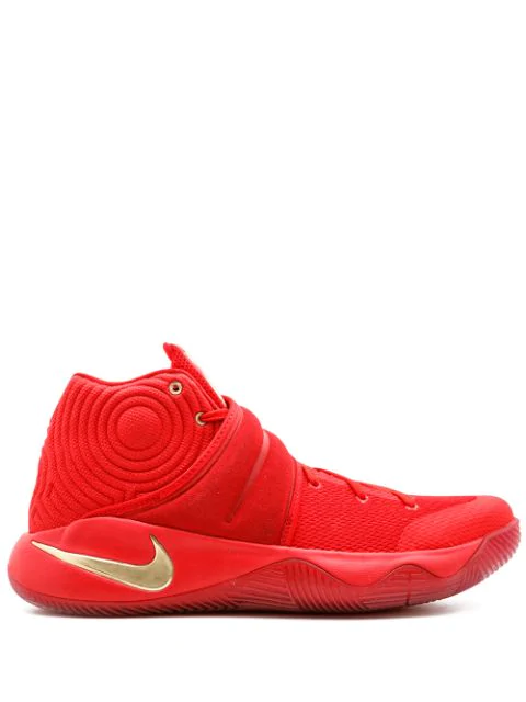 sports shoes c34cb 41a98 Kyrie 2 Sneakers in Red