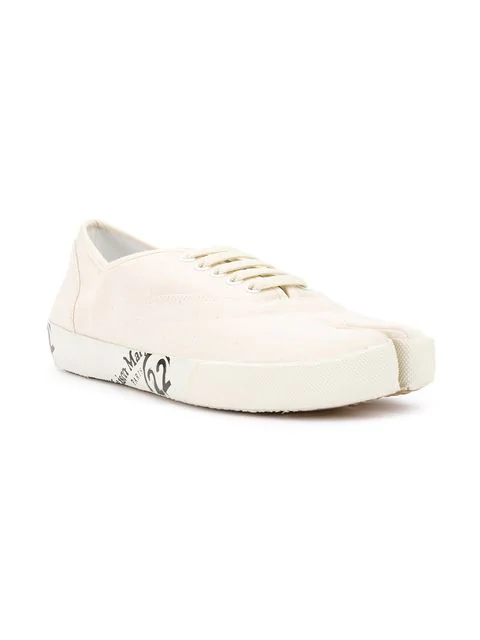 a63a0d0d502 Men's Tabi Split-Toe Canvas Lace-Up Sneakers in White
