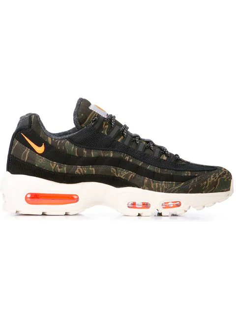 Carhartt Wip Air Max 95 Camouflage Print Ripstop Sneakers in Green
