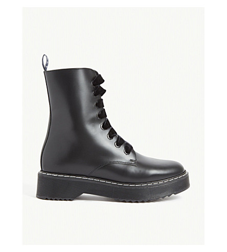 bas prix ce82a d5e9f Anabelle Leather Boots in Black
