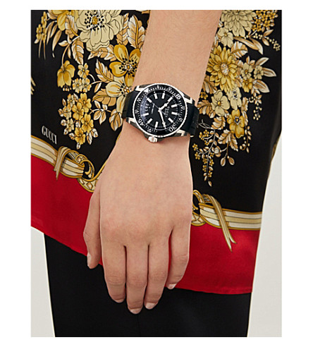 Gucci Ya136204 Dive Stainless Steel And Rubber Watch In Black