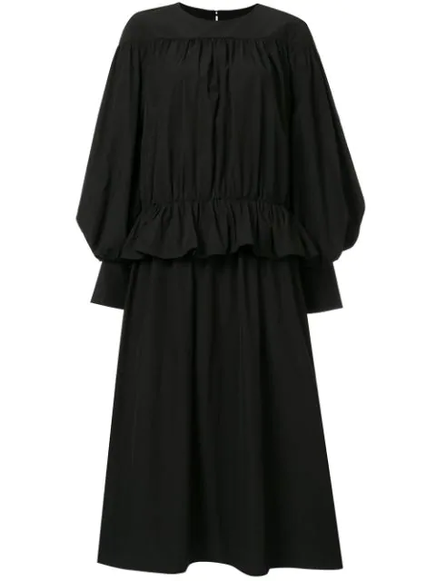 Stufiges Kleid In Black