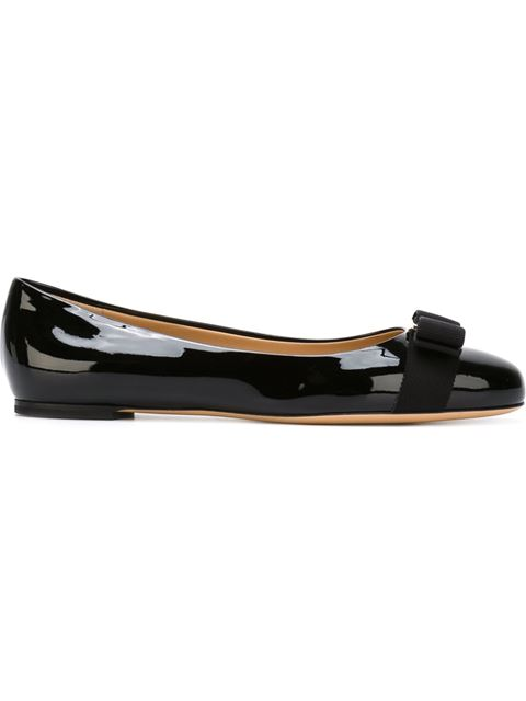 Salvatore Ferragamo Varina Studded Bow-Embellished Patent-Leather Ballet Flats In Black