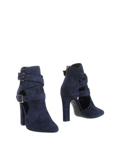Tamara Mellon Ankle Boot In Dark Blue