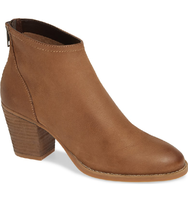 7322166e818 Steve Madden Randi Bootie In Cognac Leather