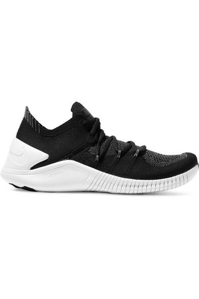 Nike Women's Free Tr 3 Flyknit Low-top Sneakers In Black