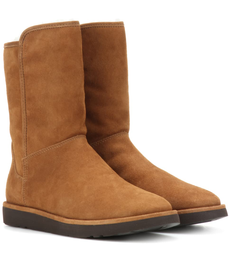 74186efbc91 Abree Short Ii Fur-Lined Suede Ankle Boots in Brown