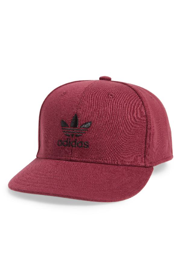 f9c6f22e494 ADIDAS ORIGINALS. Trefoil Snapback Baseball Cap - Red in Collegiate Burgundy   Black