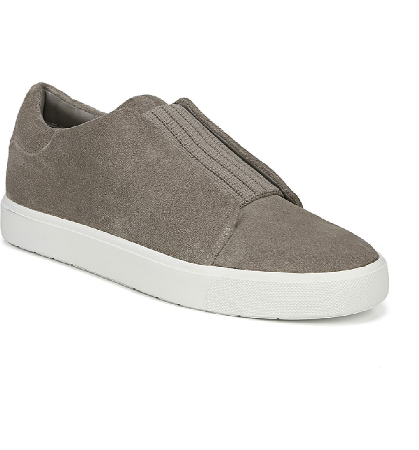 Vince Cantara Slip-On Sneaker In Light Woodsmoke Suede
