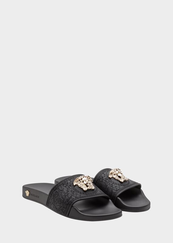 Versace Palazzo Medusa Pool Slide Sandals In D41 Black