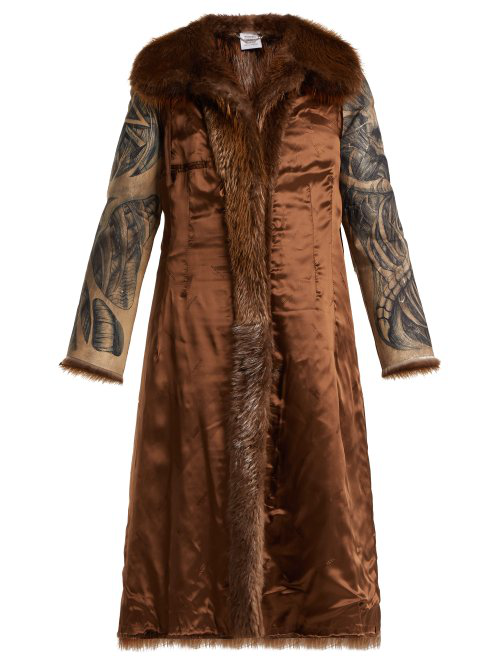 Vetements Inside Out Belted Fur Coat In Brown