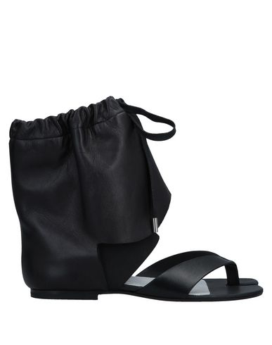 Maison Margiela Flip Flops In Black
