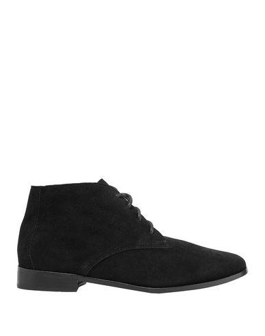 Newbark Ankle Boot In Black