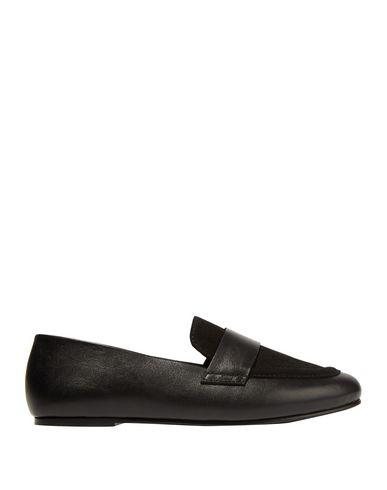 Newbark Loafers In Black