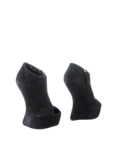 Giuseppe Zanotti Ankle Boot In Black