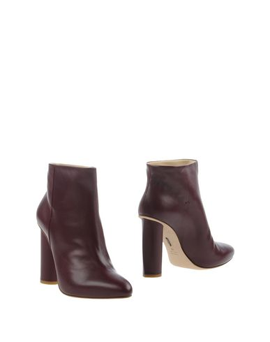 Maiyet Ankle Boot In Deep Purple