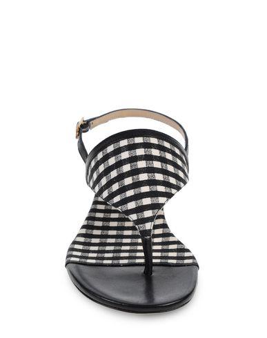 Diane Von Furstenberg Flip Flops In Black