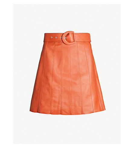 Sandro Aubin Seamed Leather Mini Skirt In Caramel