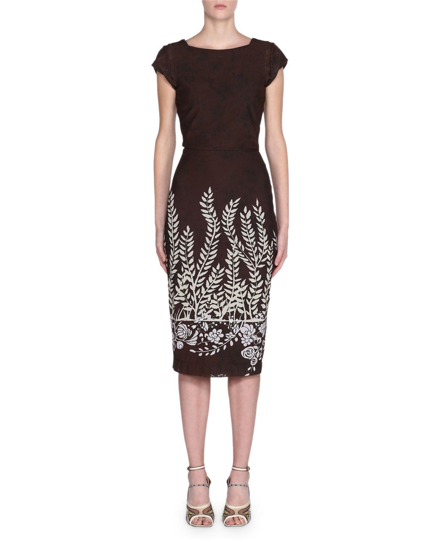 Fendi Cap-Sleeve Leaf-Print Bodycon Dress In Brown Pattern